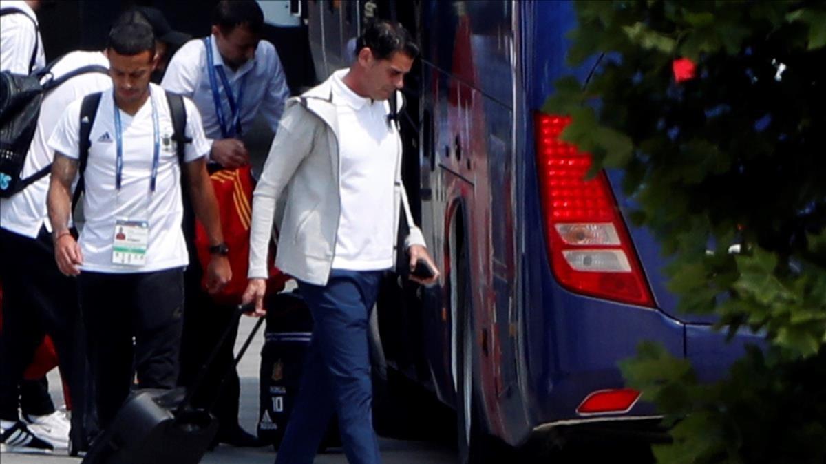 Hierro abandona la academia de Krasnovar, donde se ha alojado España durante el Mundial de Rusia.