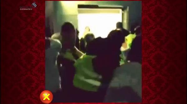 Imágenes de cómo se intentó sacar a las personas del túnel del Madrid Arena