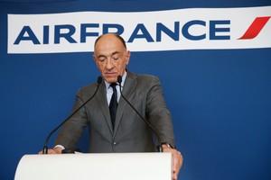 Jean-Marc Janaillac durante el anuncio de su dimisión como presidente de Air France-KLM.