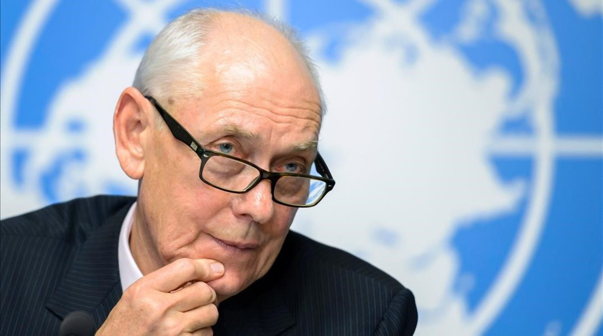El jefe de la comisión de la ONU que ha elaborado el informe sobre Eritrea, Mike Smith.
