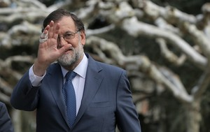 Rajoy avisa Torrent que la querella a Llarena pot constituir malversació