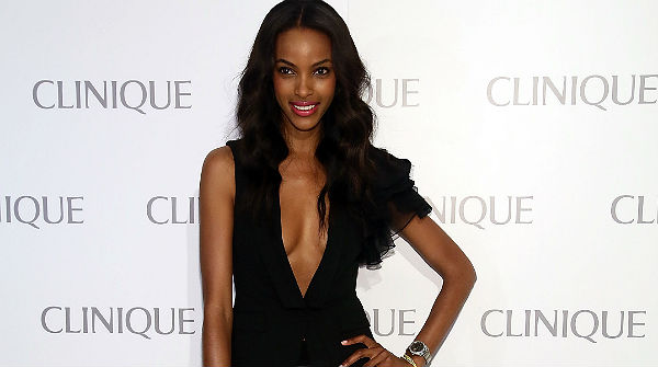 Jourdan Dunn, vetada en un desfile de Dior por tener demasiado pecho.