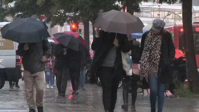 Lluvia en la ciudad de Barcelona.
