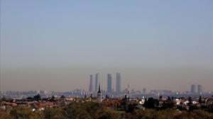 Madrid, bajo la nube de contaminación.