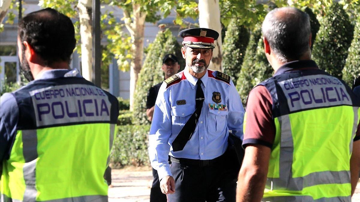 El major Josep Lluís Trapero abandona la Audiencia Nacional, el pasado día 6.