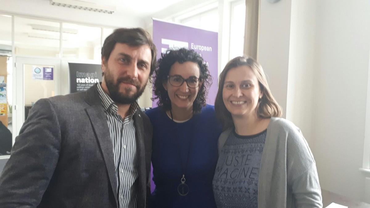 Marta Rovira, junto a losexconsellers Toni Comín y Meritxell Serret.