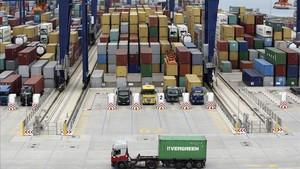 La economía redujo su crecimiento al 2,5% en el segundo trimestre