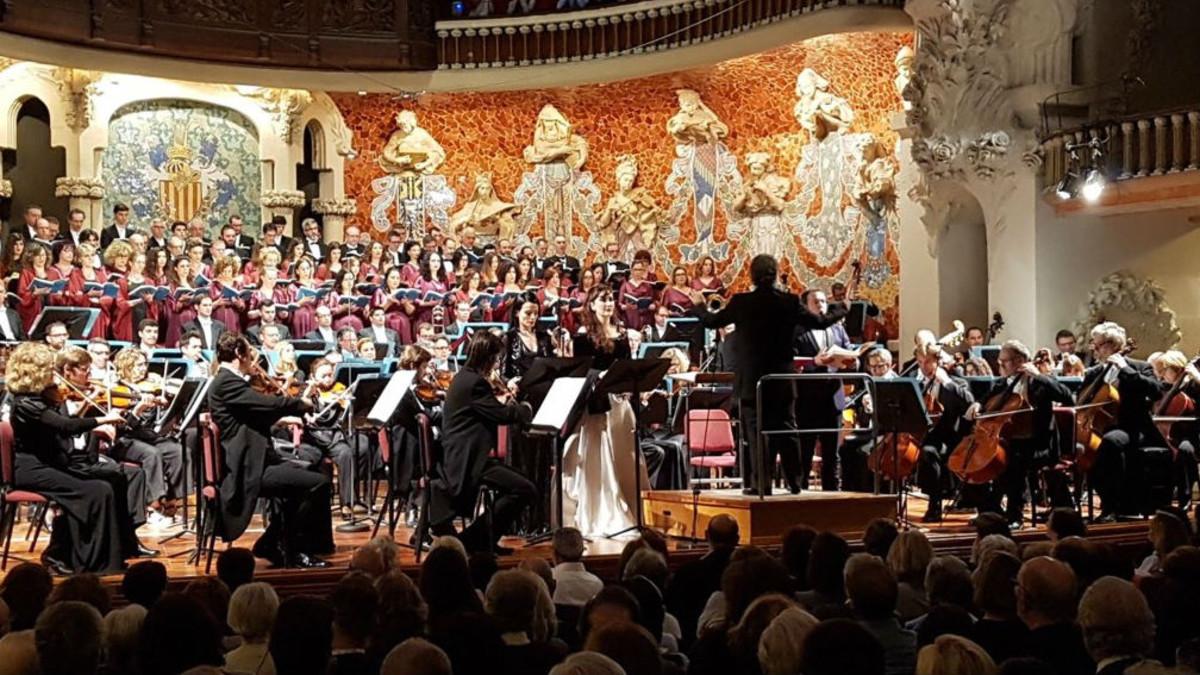 Un momento de la interpretación de 'Réquiem' de Verdi en el Palau