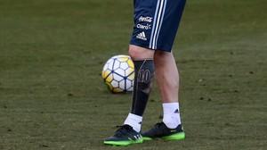 El nuevo tatuaje de Messi en su pierna izquierda.