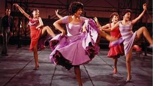 Rita Moreno, en la película de 1961 West Side Story.