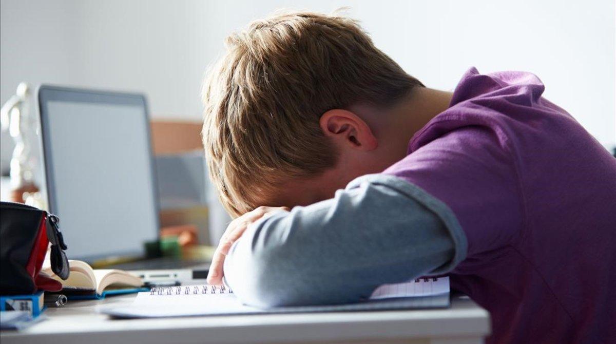 El perfil de niño problemático está entre los 11 y los 17 años, según el personal sanitario de emergencias.