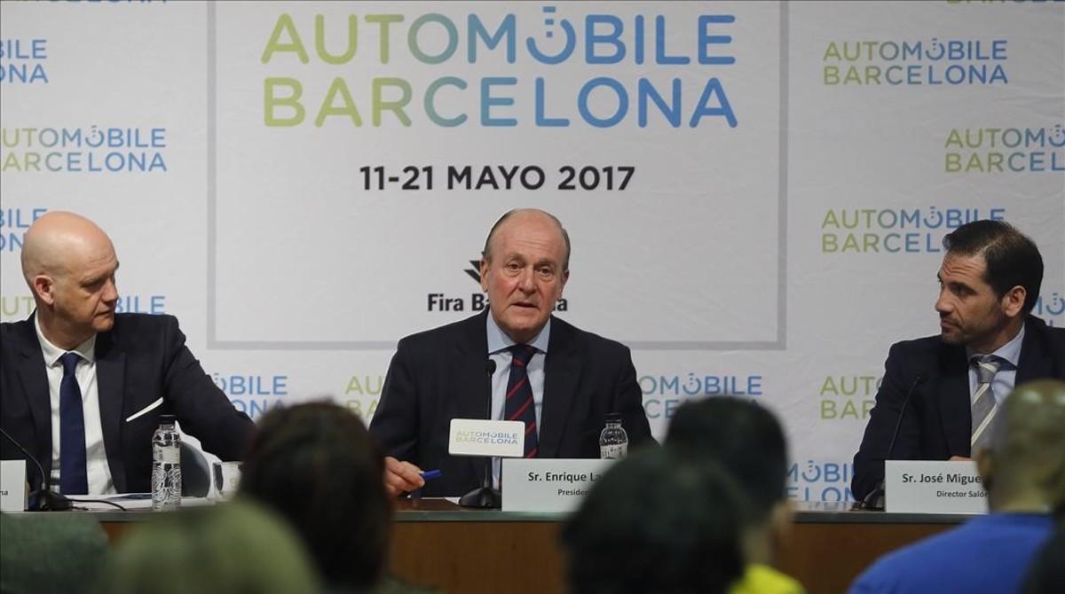 Presentación del salón Automobile Barcelona en la Fira con Enrique Lacalle (en el centro).