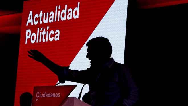 Rivera carga contra Sánchez por compartir el Consejo deRTVE con Iglesias y Torra