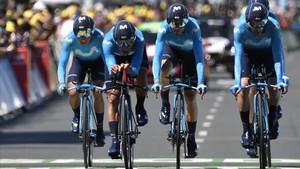 L'equip BMC guanya la contrarellotge del Tour i col·loca Van Avermaet amb el mallot groc