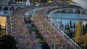 Una imagen de la multitudinaria salida, con 22.000 participantes.