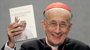 El cardenalCamillo Ruini, expresidente de los obispos italianos, crítico con la demanda de médicos para que practiquen abortos.