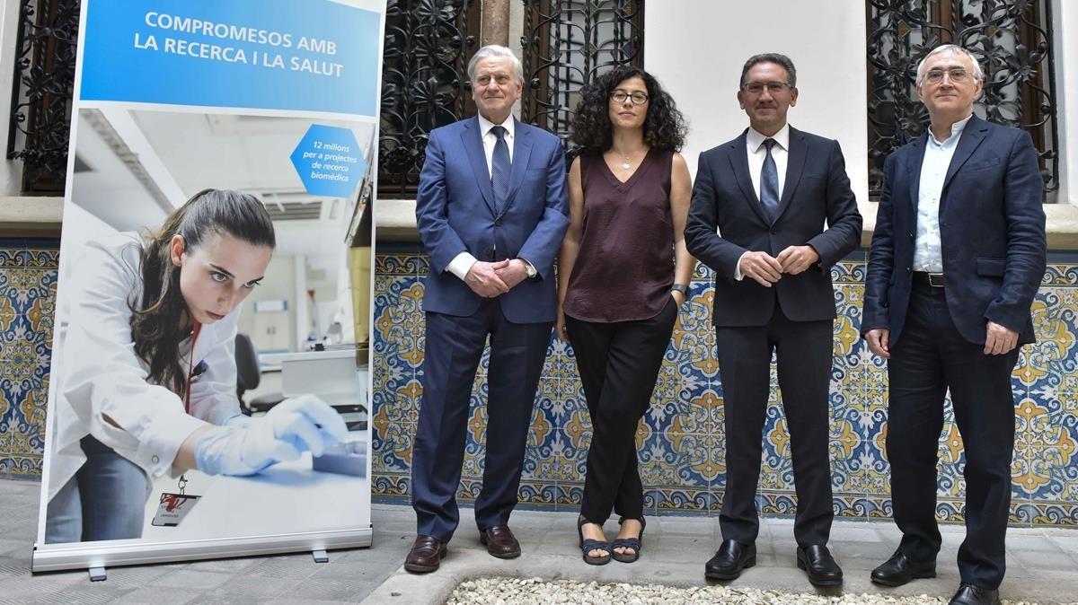 De izquierda a derecha: ValentíFuster, Almudena Rodríguez, Jaume Giró y Elías Campo.