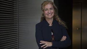 Estrella Montolío: «Els equips directius mixtos funcionen millor»
