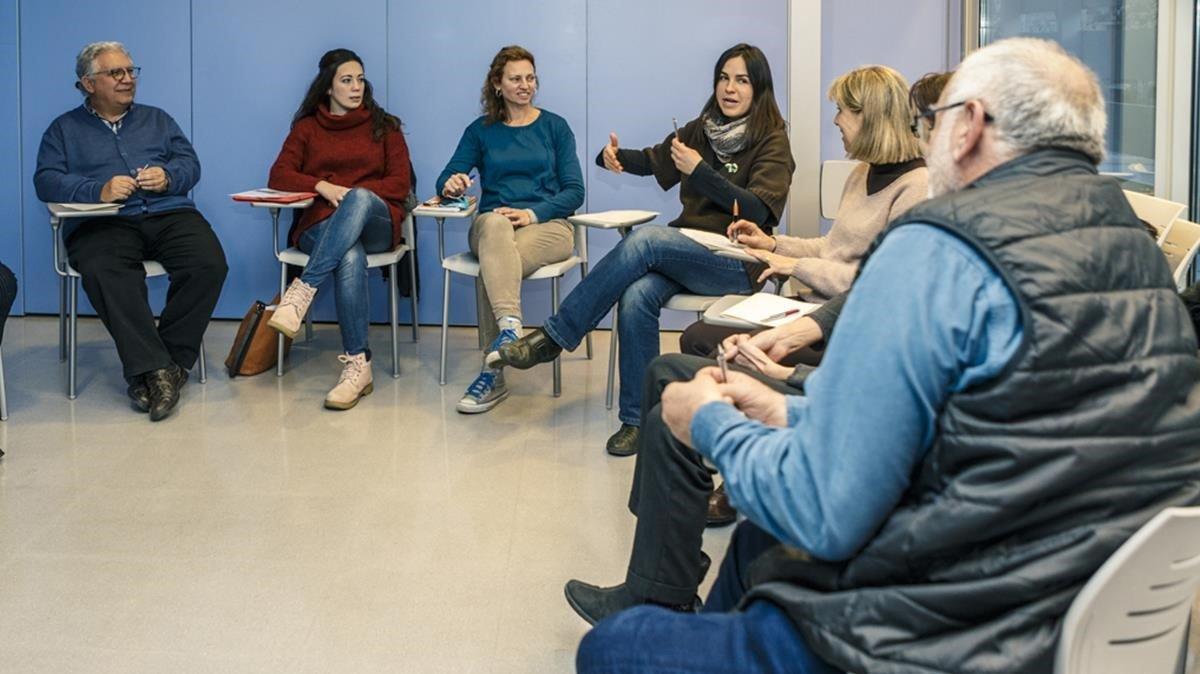 Curso de facilitadores de salud mental comunitaria en el barrio deNou Barris, en Barcelona.