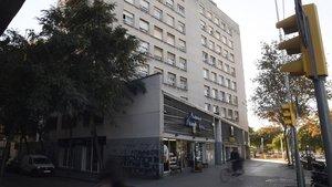 El propietari del pis multat amb 196.000 euros a Barcelona va triplicar el lloguer legal i va intentar desnonar la llogatera