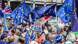 """Última manifestació contra el 'brexit': """"No a Boris, sí a Europa"""""""