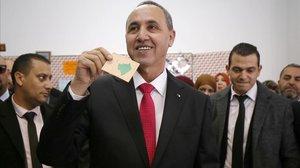 Algèria elegeix el substitut de Buteflika després de deu mesos de protestes