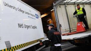 Més de 400.000 britànics s'ofereixen per ajudar els més vulnerables en la seva lluita contra el coronavirus