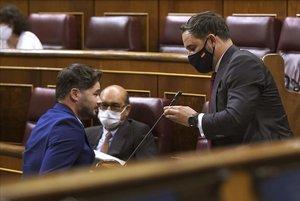 Moción de Censura en el Congreso de los Diputadosde VOXcontra el Gobierno de Coalicion Psoe - Podemos , en la imagen Gabriel Rufian frente a Santiago Abascal.