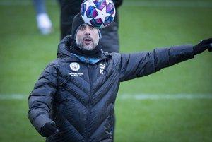 Pep Guardiola durante el último entrenamiento del Manchester City.