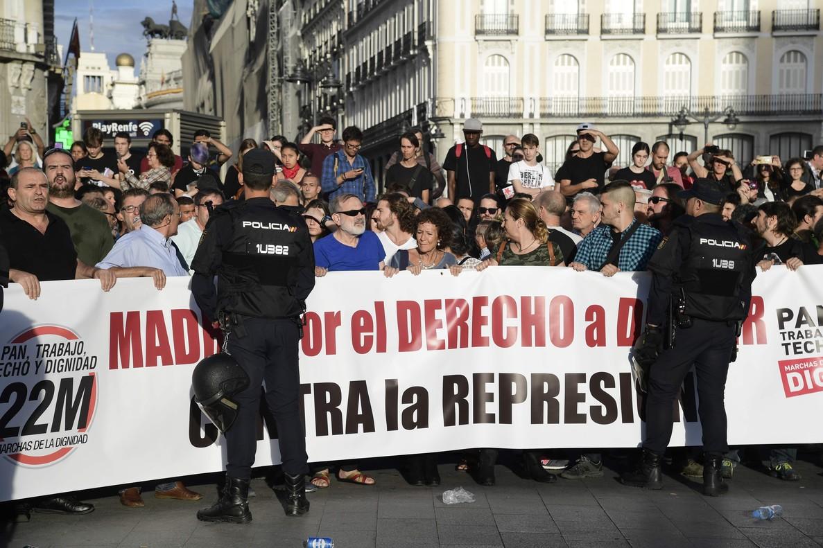 Protesta en Madrid por la actuación policial contra el referéndum unilateral del 1-O.