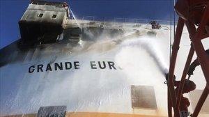El barco mercante con 25 tripulantes que ha sufrido un incendio en Mallorca.
