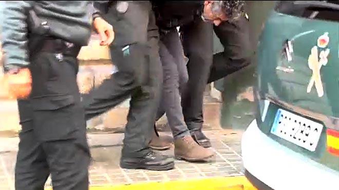 Bernardo Montoya sacado de la comandancia de la Guardia Civil.