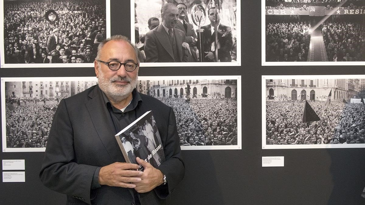 Carlos Pérez de Rozas, en la exposición 'Pérez de Rozas. Crónica Gráfica de Barcelona 1931-1954'.