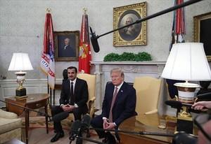 Cumbre 8El emir de Qatar, Tamim bin Hamad al Zani, y Donald Trump, en el Despacho Oval.