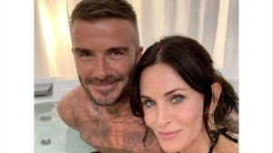 David Beckham protagoniza un cameo en 'Modern family' junto a Courtney Cox.