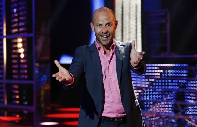 El actor Eduard Farelo presenta Oh happy day en TV-3.