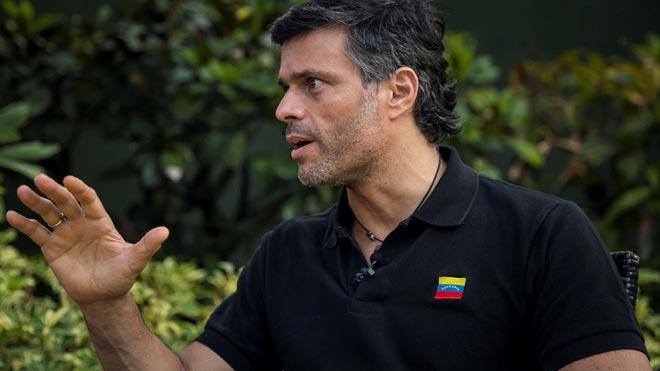 Leopoldo López asegura que allegados a Maduro desean que deje el poder.