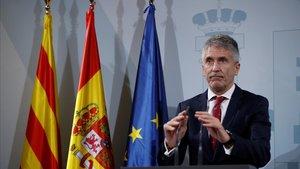 Fernando Grande-Marlaska pide al Govern una condena firme de la violencia tras reunirse con Buch.
