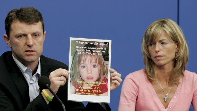 La Fiscalía alemana de Braunschweig (centro del país) parte de la base de que la niña británica Madeleine McCann está muerta y sospecha que el autor del asesinato es el hombre de 43 años que está preso, cumpliendo condena por un caso no especificado y con antecedentes por delitos sexuales, también contra menores.