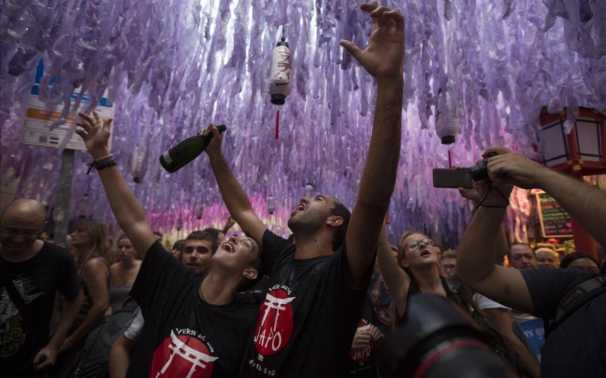 Un momento de las fiestas del barrio de Gràcia de Barcelona, el año pasado.