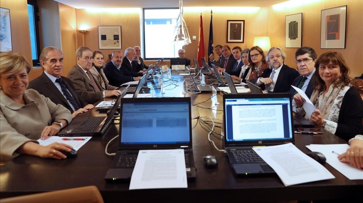 Reunión de la Junta Electoral Central, en marzo del 2019