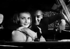 La actriz JeanneMoreau junto al actor Jean-Marc Bory en un fotograma de la película Los amantes, dirigida por Louis Malle.