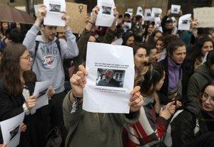 Estudiantes de la Universidad Santiago de Compostelapidiendo la inhabilitación del profesor el pasado año.