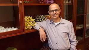Omar Yaghi,químico jordano-estadounidense galardonado con el Premio Fundación BBVA Fronteras del Conocimiento en la categoría de Ciencias Básicas.