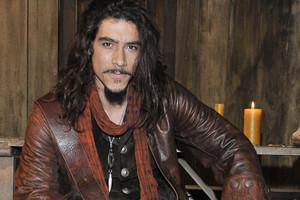El espluguense Óscar Jaenada protagoniza una serie sobre Hernán Cortés rodada en México