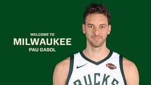 Pau Gasol, en una imagen promocional de su nuevo equipo, los Milwaukee Bucks.