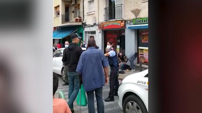 Pelea multitudinaria en el barrio de la Salut de Badalona.