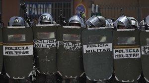 La policía militar desplegada en Cochabamba.