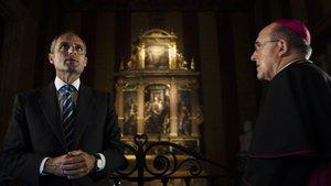 Camps, investigado por la Gürtel, la F1 y la visita del Papa, en una foto de archivo en la capilla del Palau de la Generalitat