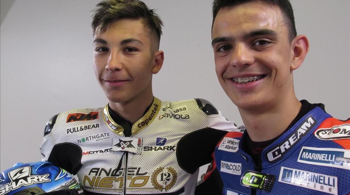 Raúl Fernández, lider del Mundial Júnior, y Aleix Viu, ganador hoy de la carrera del mismo campeonato, en Le Mans (Francia).